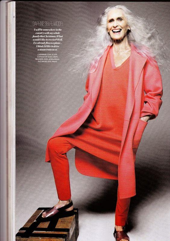 daphne-selfe-tenue-rouge